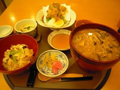 魚沼産きのこ膳(秋カ瀬庵)