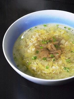たっぷり刻みエノキと白菜のコトコトスープ煮