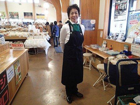 本審査会のお手伝いをしてくれた野菜ソムリエさんです。